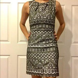 Black and white lace sleeveless dress
